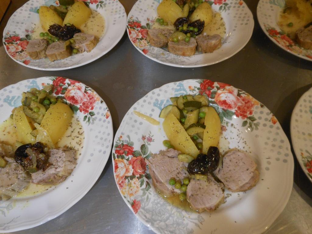Filet mignon de porc aux pruneaux et citron confit.